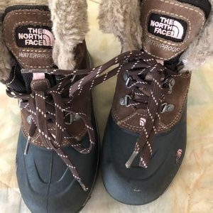 THE NORTH FACE 200 Gram Insulation Boots G…